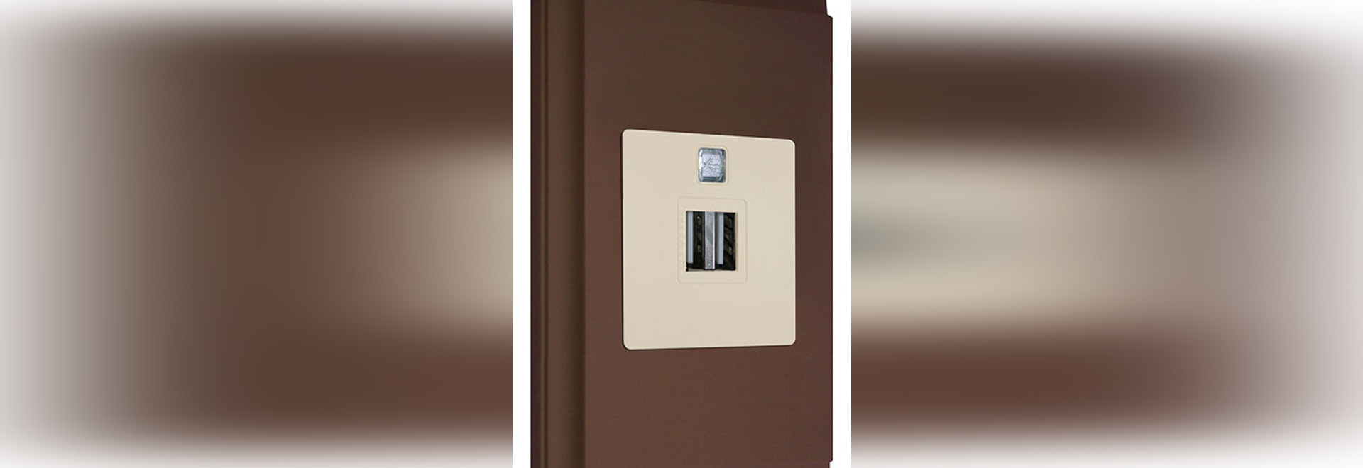 NEW: USB socket by FEDE