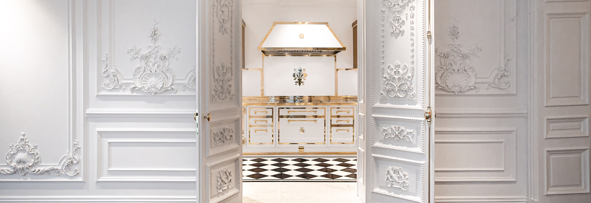 Officine Gullo Signal White & Polished Brass Kitchen Project
