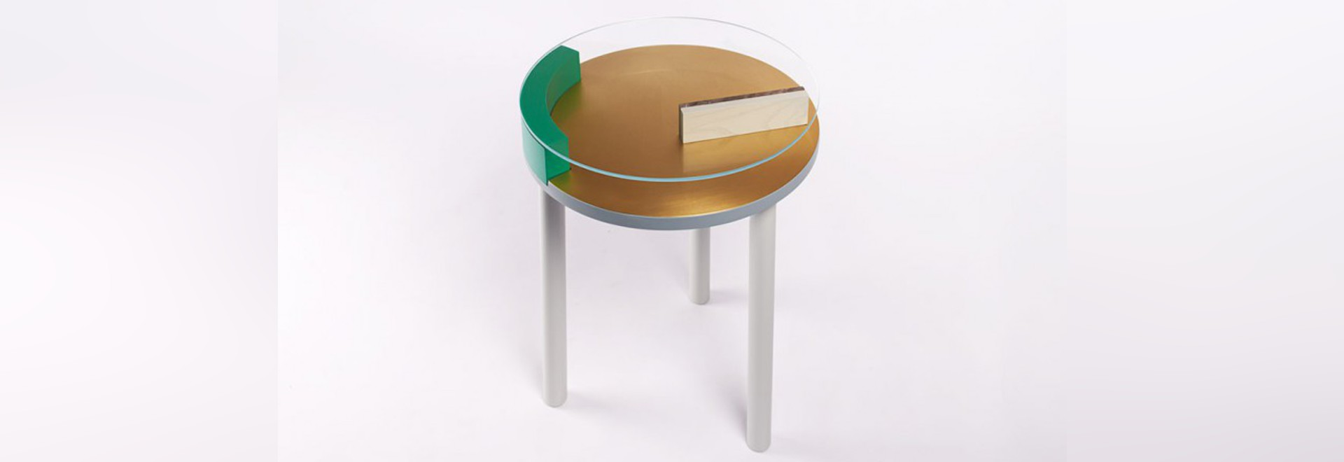 ORA SIDE TABLE: A SCULPTURAL SURFACE FROM ZOË MOWAT