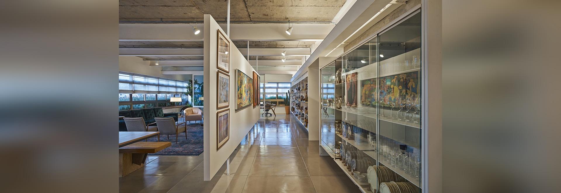 piratininga arquitetos highlights historical features in apartment renovation
