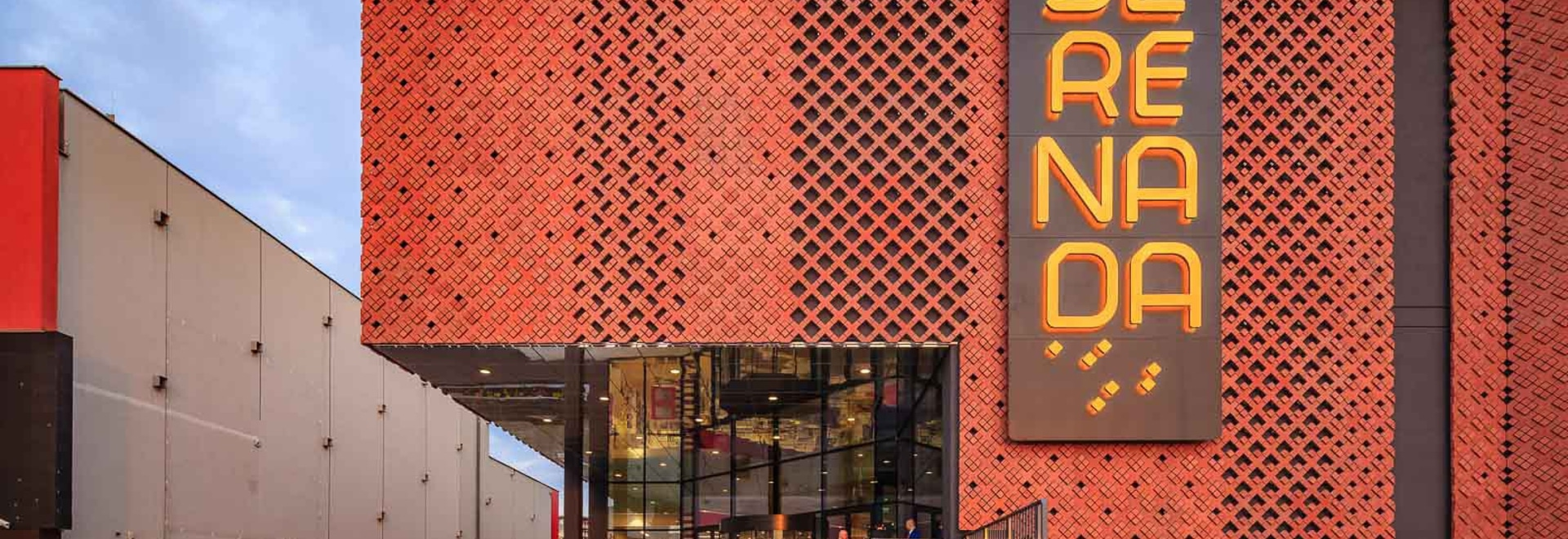 SERENADA Shopping Center in Krakow