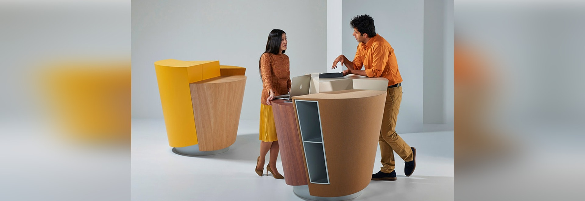 StandTable is a circular podium designed by UNStudio to replace