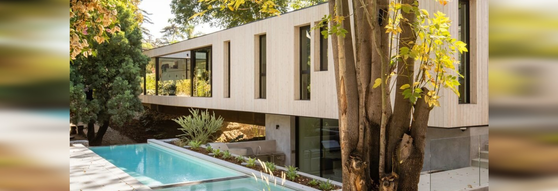Taking advantage of the temperate California climate, Bridge House embraces indoor-outdoor living to the fullest. Several outdoor living and entertaining zones have been incorporated, while the lar...