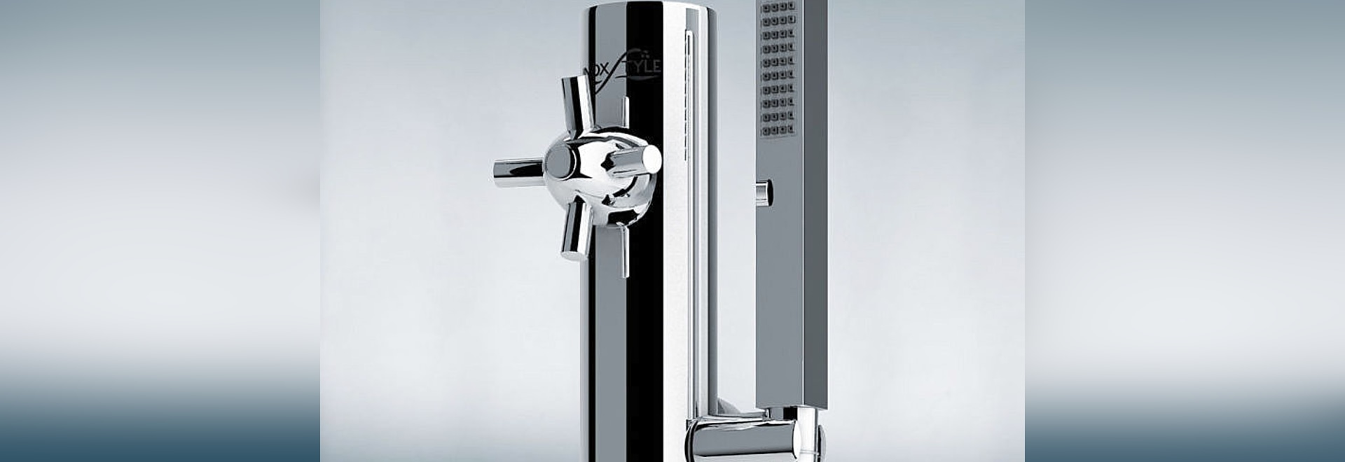 Telefono, the new outddoor shower column by Inoxstyle