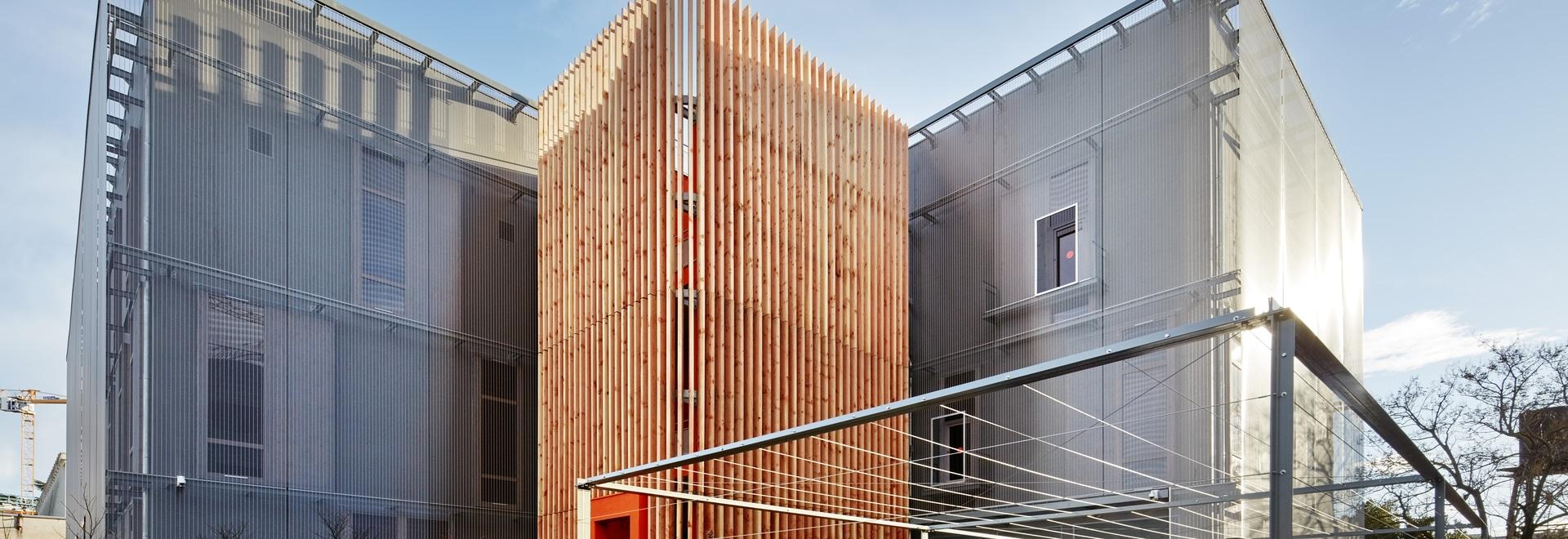 Transparent facade cladding - Data Center Rock