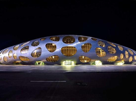 BORISOV FOOTBALL STADIUM BY OFIS ARCHITECTS