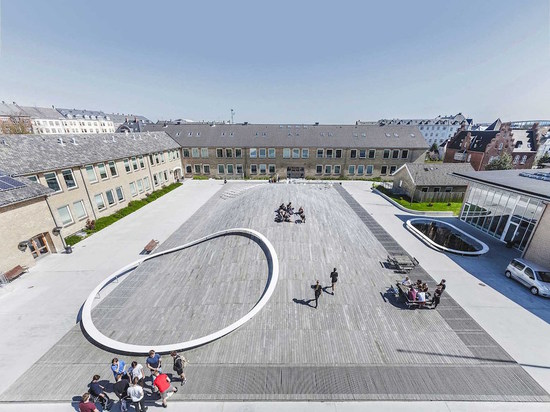 BIG ADDS SUNKEN SPORTS HALL AND GREEN-ROOFED ARTS BUILDING TO GAMMEL HELLERUP HIGH SCHOOL