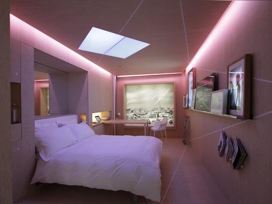 MYROOM ULTRA-ADAPTABLE HOTEL ROOM CONCEPT