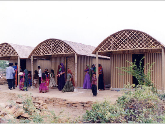 Paper Log House in India (2001)