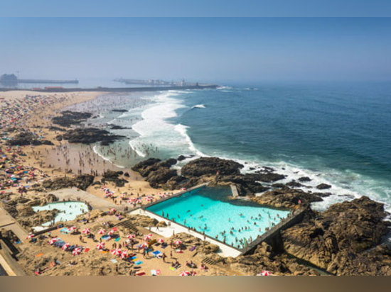 Leça Swimming Pools, Porto. Photograph by Joao Morgado
