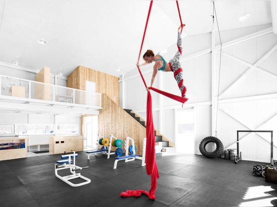 Architecture Microclimat completes Canadian fitness centre for body builders and gymnasts