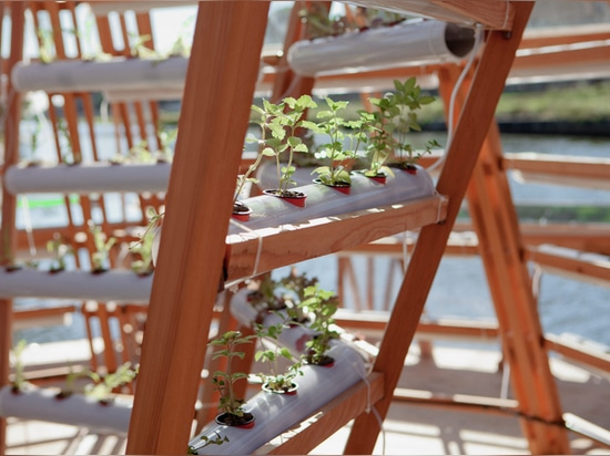 the project is envisioned as a floating agricultural greenhouse