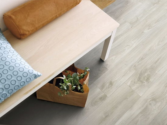 NEW: vinyl floor plank by PERGO