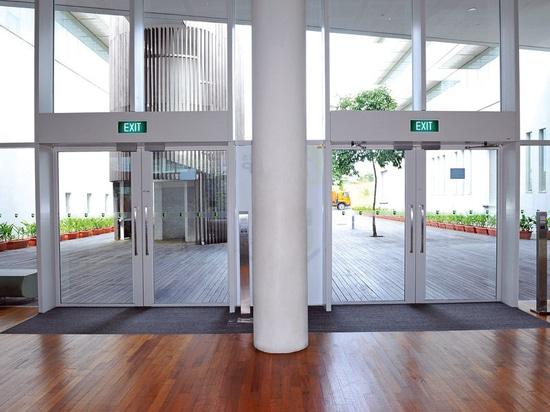 NEW: aluminum entrance mat by Geggus