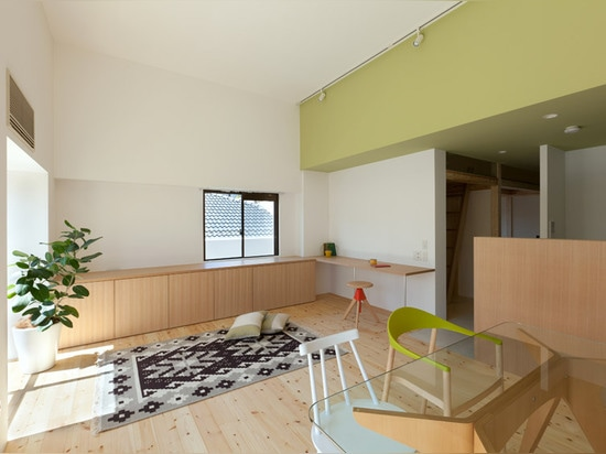 Sinato raises an apartment ceiling to squeeze in an extra floor