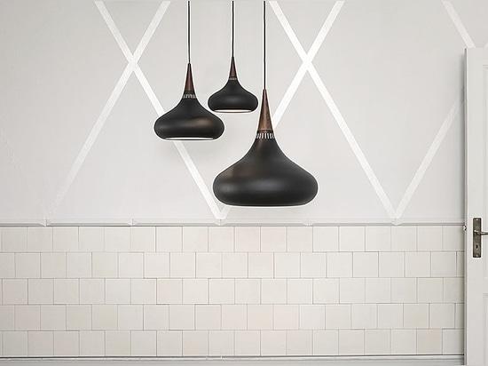 Orient Black - by Jo Hammerborg