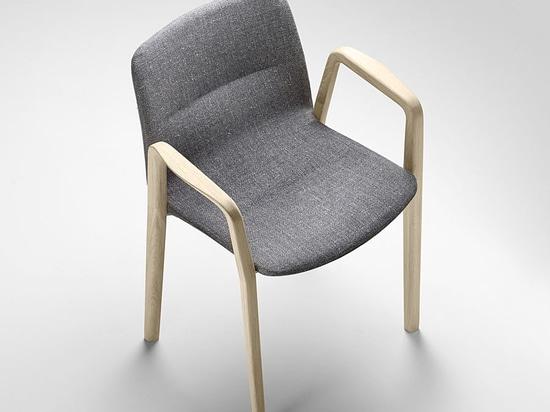 Jantzi Chair by Samuel Accoceberry