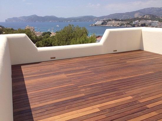 Family home in Santa Ponsa, Majorca: Triflex brings sunshine back to roof terrace