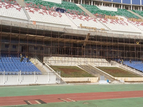 Daplast staff travelled to Algeria to train the workers on installing the seats of the 5 July Stadium in Algiers.