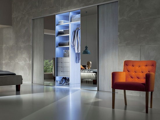 Heliodor - frameless sliding doors