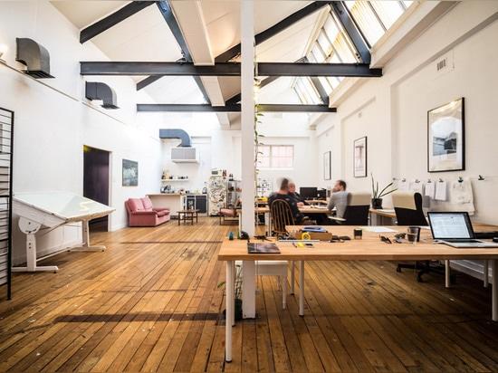 """Workspaces are white, passages are black"" at Post-'s self-designed architecture studio"