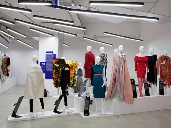"Zaha Hadid ""pretty much chose herself"" to design Women Fashion Power exhibition"