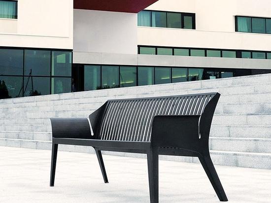 AREA :The VANCOUVER sofa