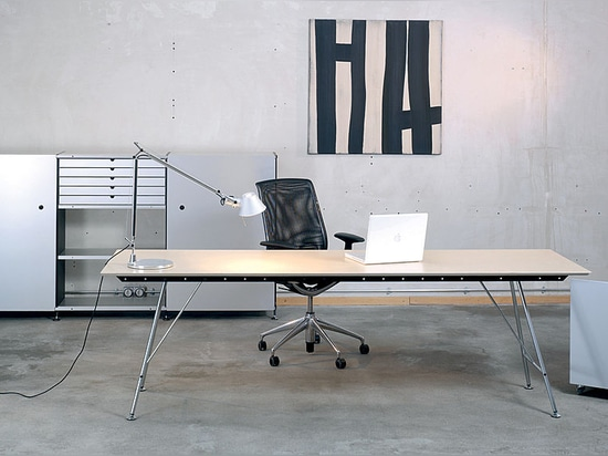 Unistandard table - Office applications