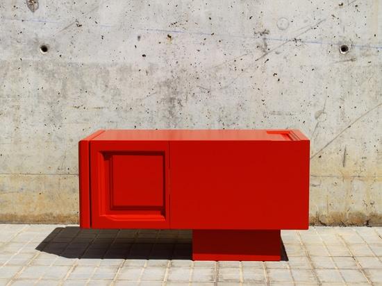 DOOR#3 TV cabinet by Ici et Là
