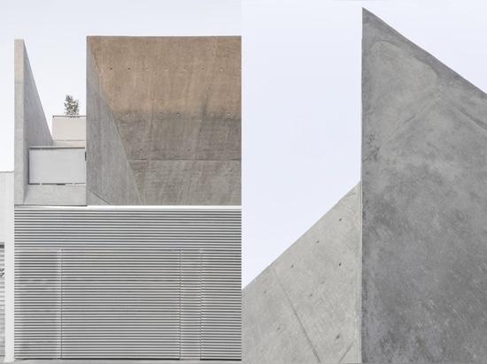 Pax-Arq, Casa Oficina for Tecnomec, São Paulo, Brasil