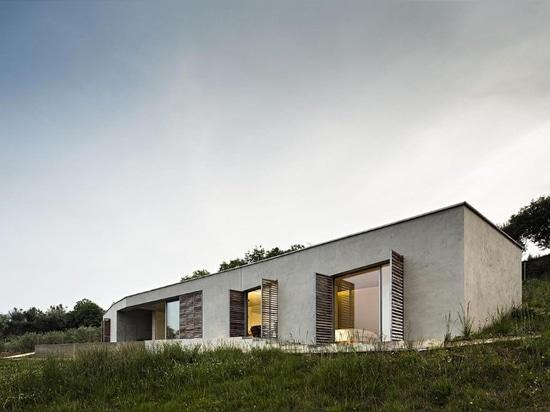 Camarim Arquitectos, Casa na Gateira, Portugal