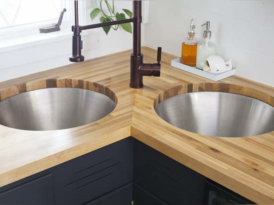 These sinks are from a Do-It-Yourself project by A Beautiful Mess.