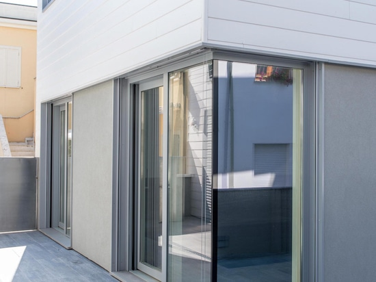Lift and slide Patio door PL100a - External view