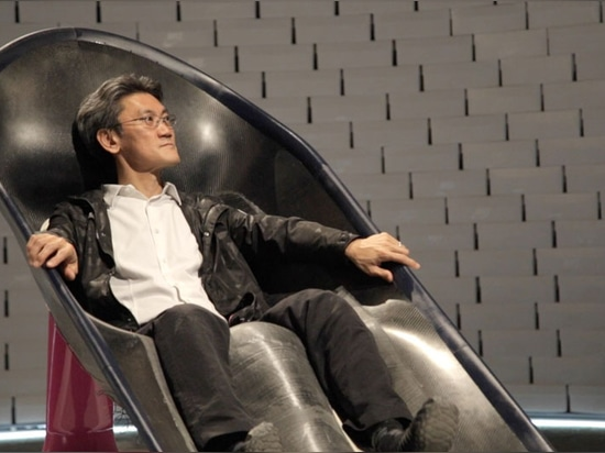 "Greg Lynn's microclimate chair for Nike could give athletes ""a distinct performance advantage"""