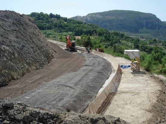 Embankment on an unstable slope