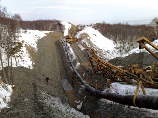 Bedding and insulation of pipelines