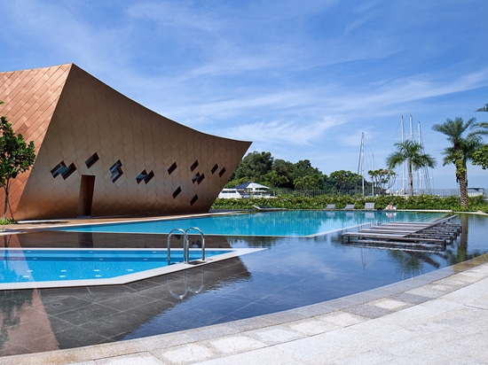 REFLECTIONS PROJECT IN SINGAPORE CHOOSES TRIBÙ