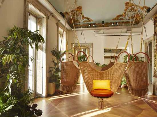 Swing Chairs by Patricia Urquiola