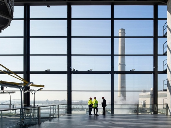 State-of-the-art power plant in Düsseldorf doubles as an observation tower