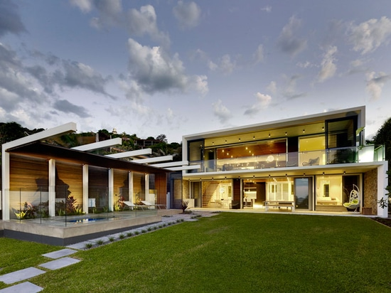 An 'S' Shaped Home Overlooking The Beach