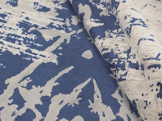 Abaya Indigo detail - Edition Bougainville contemporary rug