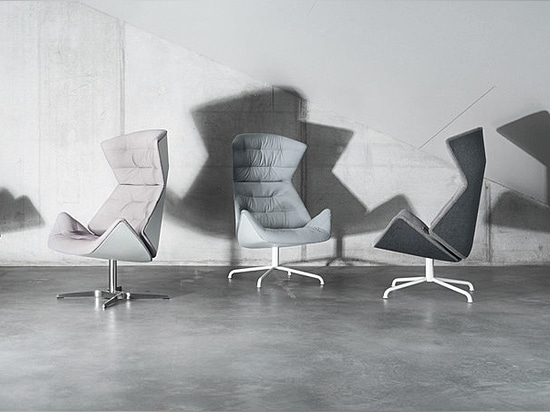 THE DISTINCTIVE NEW THONET LOUNGE CHAIR 808