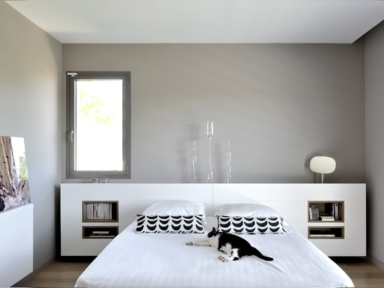 Simplicity and elegance in the Rhone area