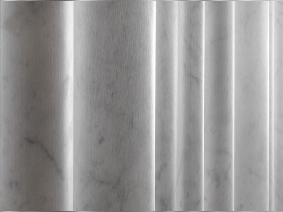 """The """"chiffon"""" stone covering from the """"Drappi di Pietra"""" collection"""