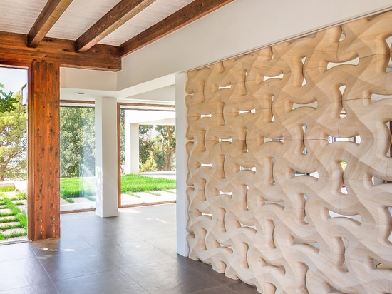 From wall coverings to multi-functional walls