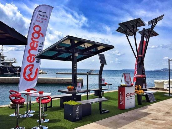 Energomobil 100% sun powered restaurant van