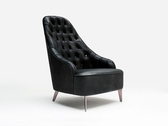 Emilia BertoLive armchair in leather