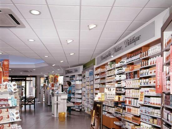 Pharmacie du Lycée – No Name