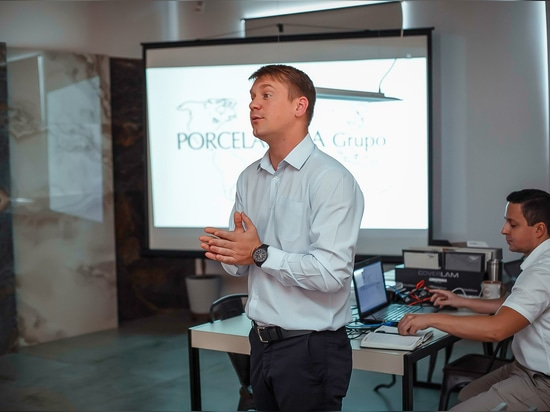 XLIGHT Technical Workshop in BOMOND, Russia