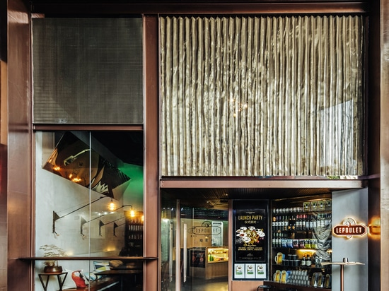 dongqi architects adorns chinese eatery with suspended steel mezzanine